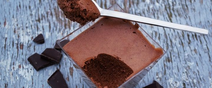 Mousse chocolat facile à l'huile essentielle de Menthe Poivrée – réveillez vos papilles !