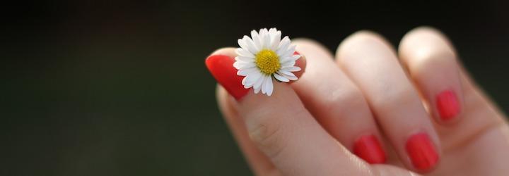 Fortifiez et durcissez vos ongles avec une recette naturelle