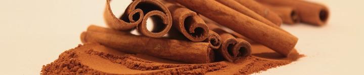 La cannelle en poudre ou en bâtonnets aide les personnes diabétiques, et soulage les problèmes de digestion.
