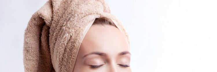 Comment appliquer les bains d'huile sur les cheveux