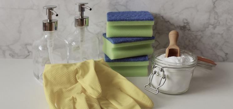 Les produits ménagers que l'on trouve dans le commerce contiennent de produits nocifs pour notre santé.